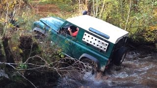 Two Land Rover Defender Autumn in the forest - Morvan P3 10/15