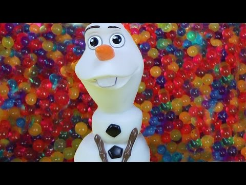 OLAF joins Elsa and Anna toddlers in ORBEEZ ! Playing and bathing in Orbeez ! Waterfall !