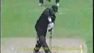 SOUTH AFRICA vs NEW ZEALAND, 2003 WC POOL MATCH