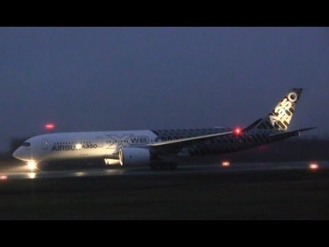 An Airbus A350-941 ( F-FFCF ) takes off on a dark, foggy night at Gander International Airport ( CYQX ) for Paris-Le Bourget Airport ( LFPB ). When the aircr...