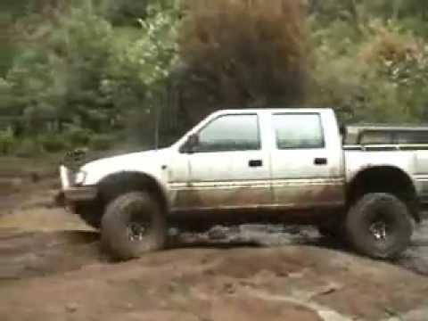 ISUZU HOLDEN Rodeo 4x4 off road 4x4 4WD australia - YouTube