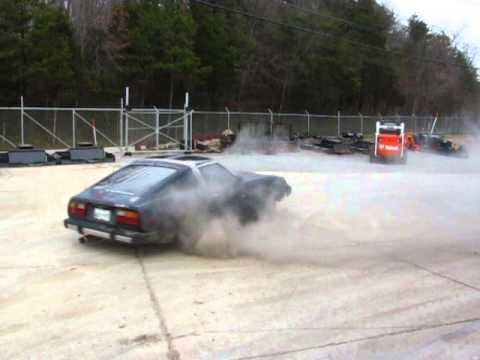 Datsun 240 burnout and donuts
