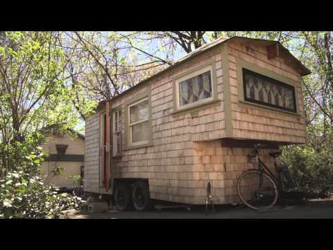 Tiny Yellow House - Sage s Gypsy Wagon (Handbuilt portable cabin/tiny home in Boston)