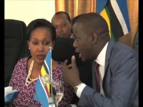 Palamenti ya East-Africa: Ensonga ya pamiti y'abakozi eri ku mwanjo