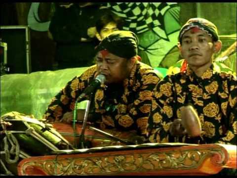 Karya budaya saleho tari buto live Bandongan kulon