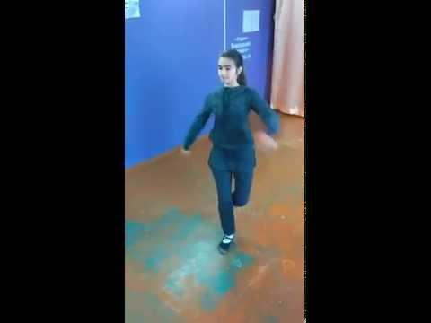 Девушка танцует лезгинку, Харьков