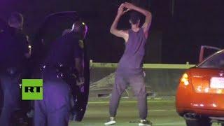 Sospechoso se pone a bailar delante de la Policía antes de ser arrestado