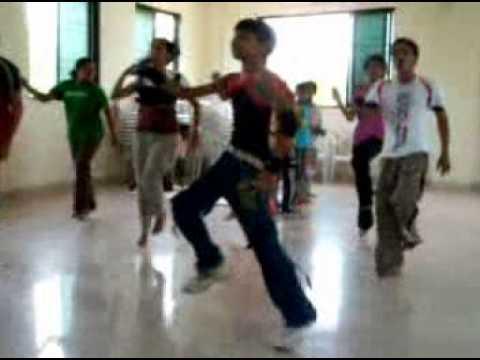 akki dance on song chaliya chaliya