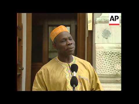 UK: FORMER NIGERIAN HEAD OF STATE OLUSEGUN OBASANJO VISIT