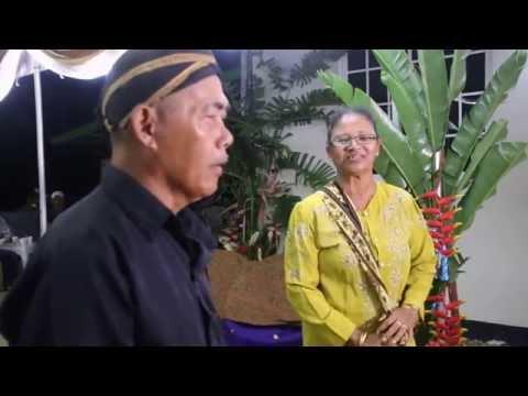 Tradisi Kembar Mayang wong Jawa Suriname - Kembar Mayang een Javaanse traditie in Suriname.