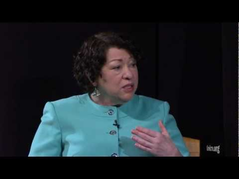 Justice Sotomayor Speaks to Eva Longoria on Balancing Career and Relationships