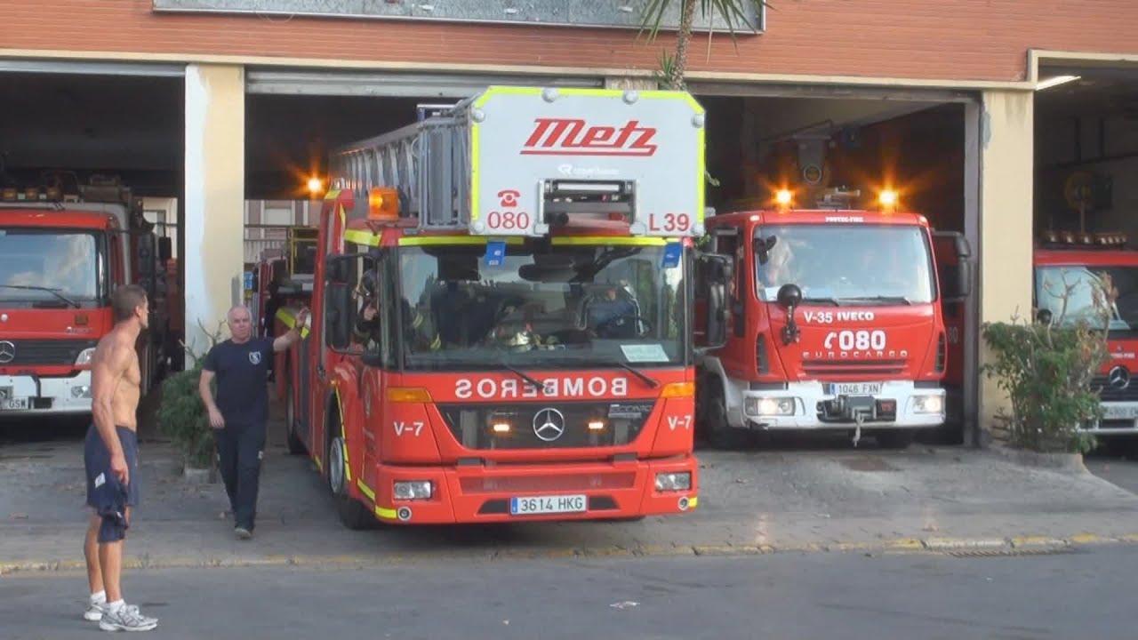Feueralarmierung in spanien brennt b ckerei lf dlk for Reihengarderobenstander gebraucht