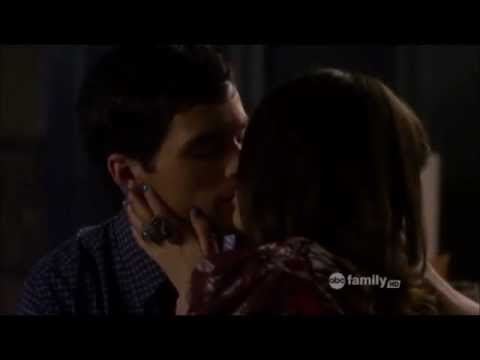 Pretty Little Liars - Ezria Sex Scene 2x24 video