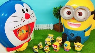 Minions Dive into the Doraemon! Minions Toys Funny Video for Kids.ミニオンズがドラえもんの口にすぽすぽ動画
