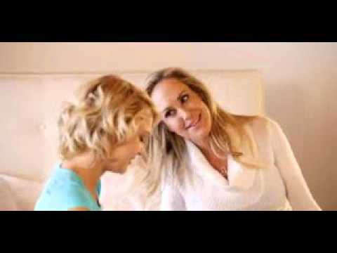 Mom and daughter Brandi Love and Dakota Skye free thumbnail