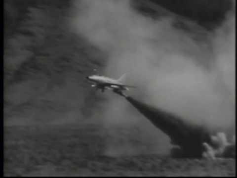 "1958 F-100 USES SHORT ""RUNWAY"""