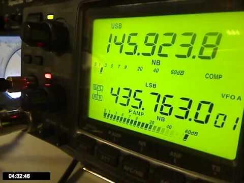 PY4ZBZ and PY5LF in QSO thru the Radioskaf-B LTP.wmv