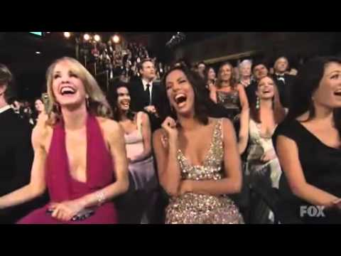 Emmy Awards Opening Song Actress Lauren Holly See Noidol