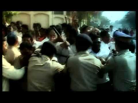 Shiv Sena attacks Shah Rukh Khan