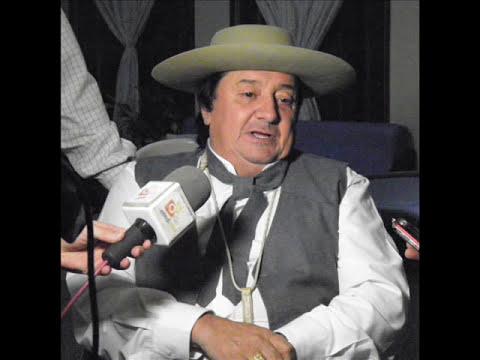 La Frazada Del Abuelo Carlos Ramón Fernandez..
