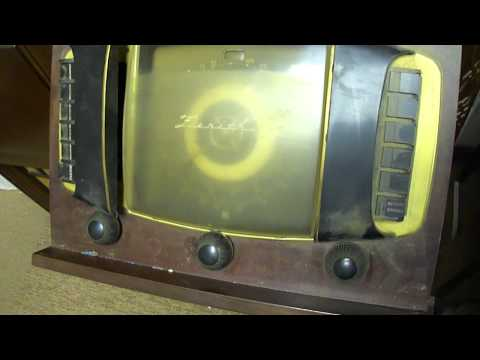 1946 Zenith 12H092 Console Radio/Phono before repairs