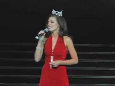 "Miss Utah Julia Marie Bachison performs ""God Bless the USA"""