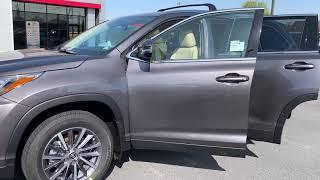 New 2019 Toyota Highlander XLE SUV AWD TK740