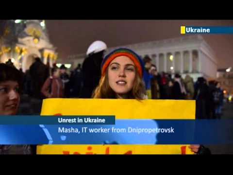 Ukrainians Demand European Future: Thousands protest in Kiev over collapse of country's EU deal