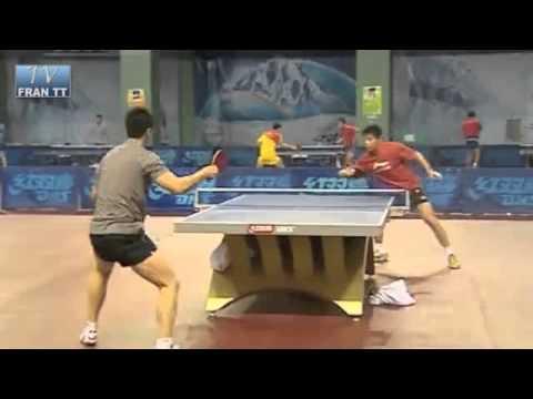 Equipo De Tenis De Mesa De China Se Entrena De Forma Innovadora Para Los Juegos Olímpicos.
