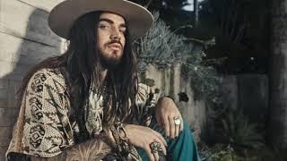 "Adam Lambert's IG story : Photoshoot for Schön! Magazine / watching TV ""House of Cards "" 2018-11-13"