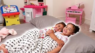 ELLE'S FIRST SLEEPOVER!!! (YOU WON'T BELIEVE WHAT HAPPENED)