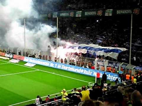 Borussia Dortmund - Schalke 04 : 2:0 ; Schalker Fanmob zündet Pyro !