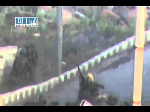 25-04-2011 Dara - Syrian Arab Republic ...... Syrian army enters the city of Dara.(2).flv