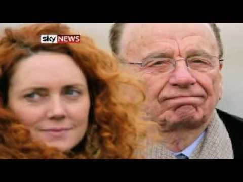 Rebekah Brooks Quits, Rupert Murdoch 'Sorry' Over Hacking