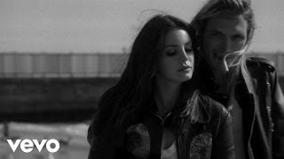 Watch Lana Del Rey West Coast video