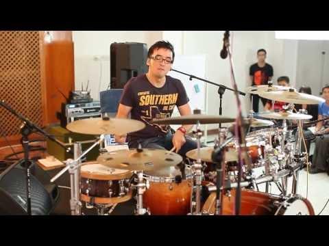 Drumvolution Masterclass: The Gospel Drumming Day 3 (HD)