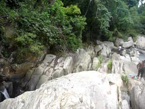 Sri Lanka,ශ්රී ලංකා,ceylon,waterfall,cataract,carved Rocks video