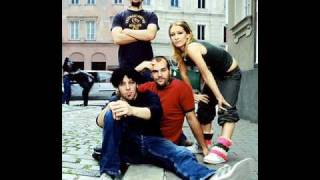 Watch Guano Apes Scratch The Pitch video
