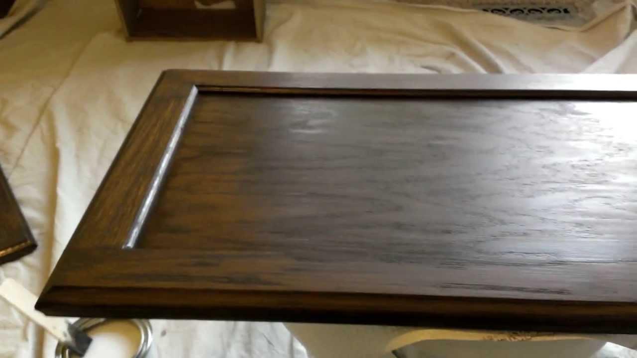 Como transformar muebles de ba os y cocinas youtube for Cocina de madera gris oscuro