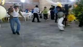 Drunken's Dance , Borrachos EL Rellano, Bêbados Na Pista De Dança , Doidos Dançando Numa Festa