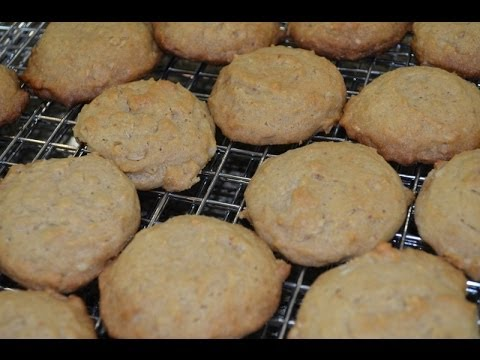 The Oatmeal 'Cookie' You Can Eat For Breakfast Without Any Guilt ...