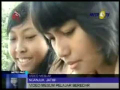 Video Porno Pelajar Di Nganjuk Beredar - Youtube.flv video