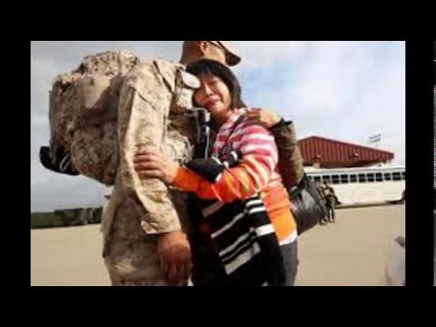Uniformes militares morrales y bolsos