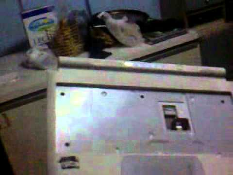 Desarmando la netbook N-7 13062012292.mp4