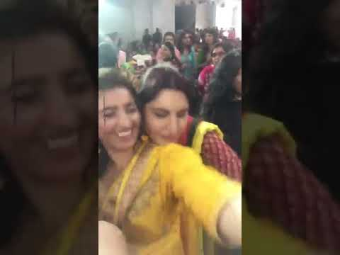 Indian Punjabi Bhabhi Boob Press in Marriage - Hot Aunty thumbnail