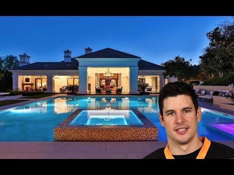 10 HUGE MANSIONS OWNED BY NHLers!