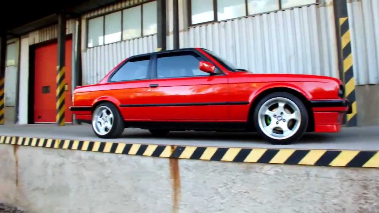 BMW e30 318is coupe - YouTube