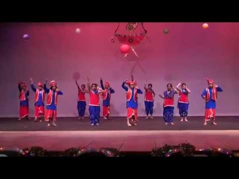 London Thumakda & Iski Uski - Dance Performance by kids (HD)