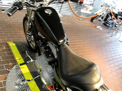 2004 Harley-Davidson Sportster Roadster XL1200R Vivid Black Video