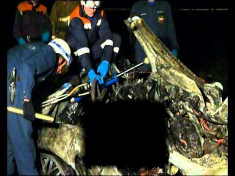 В Нижнем Новгороде дотла сгорел Porsche Boxster [3 ВИДЕО, ФОТО]